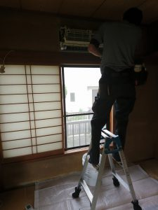 葉山町 お掃除機能付きエアコンクリーニング